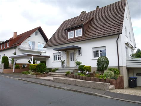 fassadengestaltung farbe fassadengestaltung einfamilienhaus grau nzcen