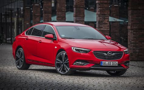 driven 2017 opel insignia grand sport 2 0 turbo 4x4