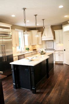 kitchen island different color than cabinets 1000 images about townhouse ideas on backsplash ideas kitchen backsplash and
