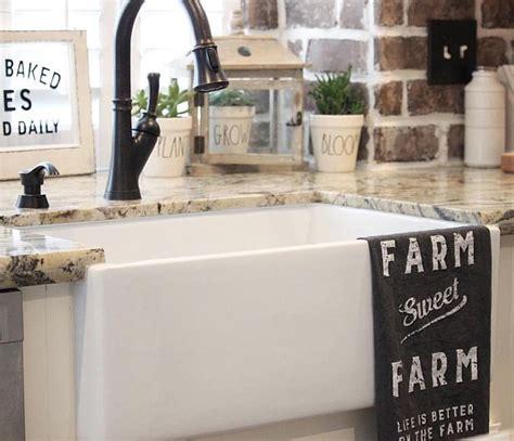 kitchen with farmhouse sink best 20 farmhouse sinks ideas on farmhouse