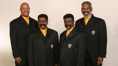 the best of the whispers nicholas caldwell of the r b the whispers dies at