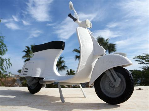 design vespa online quot la dolce vita is back in mao casella s new 3d printed