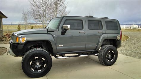 review hummer h3 hummer h3 review research new used hummer h3 edmunds