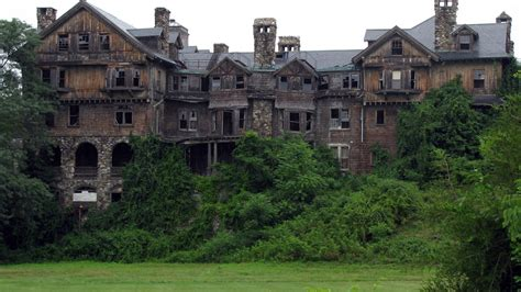 haunted mansions abandoned haunted house www pixshark com images