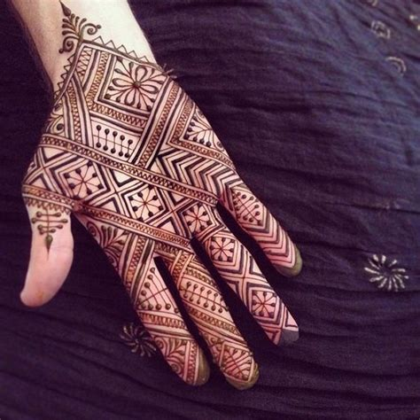 mehndi patterns using geometric shapes 20 latest and modern henna mehndi designs for all