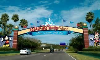 Walt Disney World file walt disney world resort entrance jpg