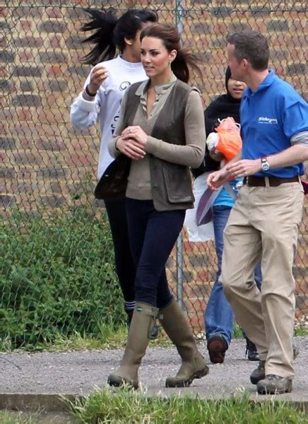 celebrity dirty laundry the royals kate middleton shocks royal family by practicing