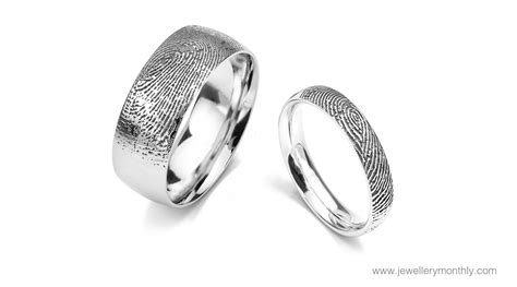 Wedding Ring Uk Finger by Buying A Wedding Ring Read This Subtense