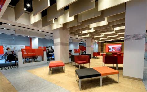 sucursales del banco santander as 237 ser 225 n las 900 oficinas renovadas de banco santander