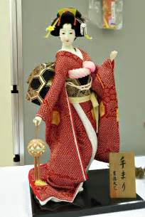Local Fashion Beautiful Japanese Dolls In Traditional Dresses