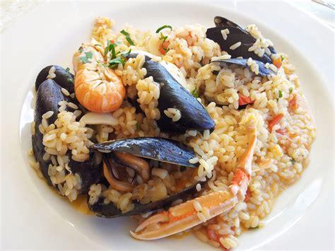 cucinare frutti di mare ricetta risotto ai frutti di mare piatto ricco e