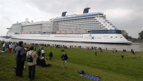 how long is the biggest boat in the world world s largest cruise ship bf2s forums