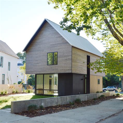 yale house tiny garages are not cool cedar clad house by yale students could serve as a model for