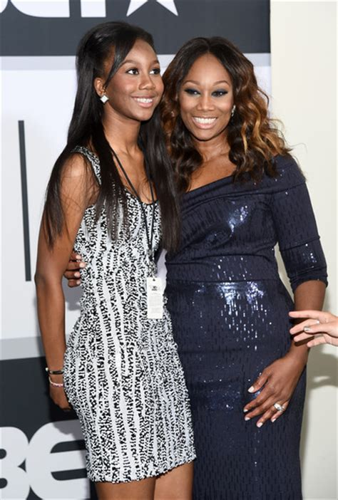 yolanda adams daughter taylor ayanna crawford taylor ayanna crawford pictures bet awards 14 press