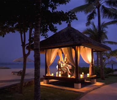 book  luxury villa  conrad bali