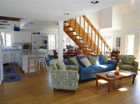cape cod living spaces on pinterest cape cod style cape cod and nautical pictures capes living rooms and cape cod on pinterest