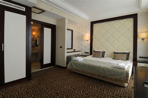 tr room deluxe suite goldcity hotel