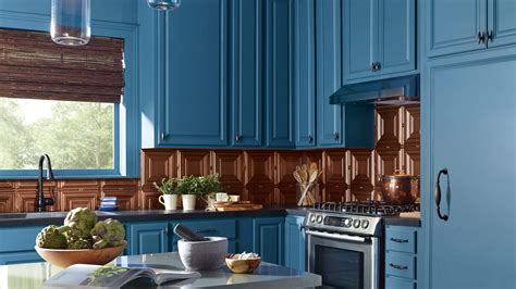 steps to paint kitchen cabinets how to paint your kitchen cabinets in 5 easy steps