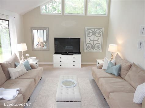 Neutral Paint Colors For Living Room by Livelovediy Painting Trim Amp Walls What You Need To Know