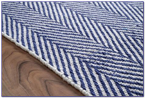 and white striped rug navy and white striped cotton rug rugs home decorating ideas rnzr044yn5