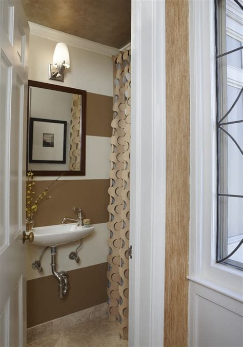 Bathroom Towel Decorating Ideas by 12 Design Tips To Make A Small Bathroom Better