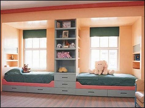 small shared bedroom bed solutions for small rooms shared bedroom decorating