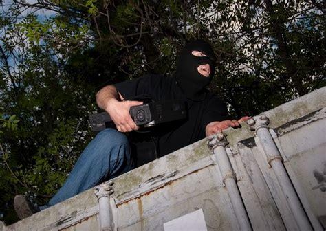 allarmi perimetrali per giardini protezioni perimetrali allarme per recinzioni swc