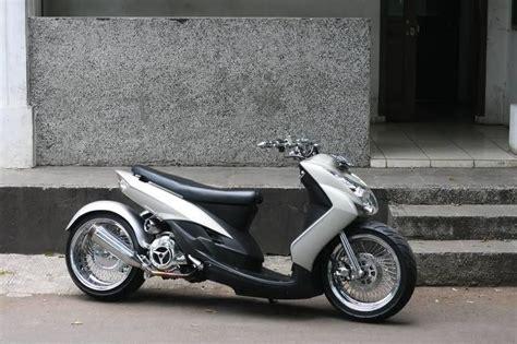 Mio Lowrider mio lowrider 8 mio ruckus scooters