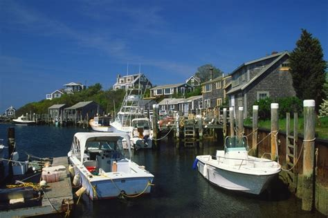 Best Places To Stay On Cape Cod - nantucket newport ri martha s vineyard real estate