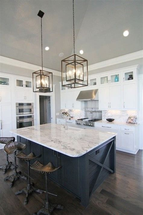 Granite Top Kitchen Island With Seating by Best 25 White Kitchen Island Ideas On Pinterest Kitchen
