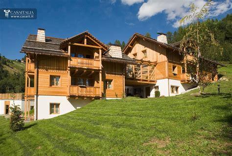 appartamenti affitto val badia chalet appartamenti vendita dolomiti cortina montagna