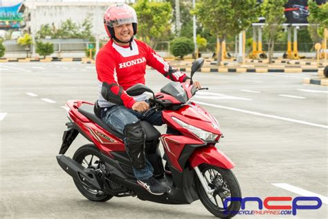 motorcycle philippines honda click 125i the scooter of the future has arrived