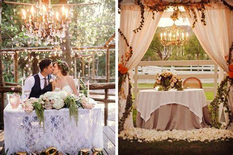 decorar la boda ocho ideas para decorar la mesa de los novios en la boda
