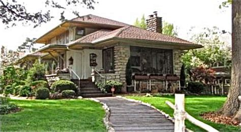prairie style homes for sale pick of the week prairie style craftsman bungalow in
