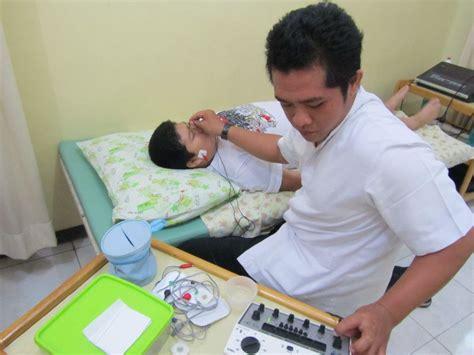 Lu Infrared Untuk Fisioterapi pijat fisioterapi untuk bayi pijat gan