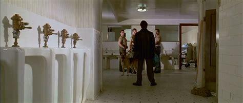 Reservoir Dogs Toilet Scene reservoir dogs bathroom cops scene heyuguys