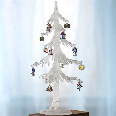 icicle christmas tree with ornaments