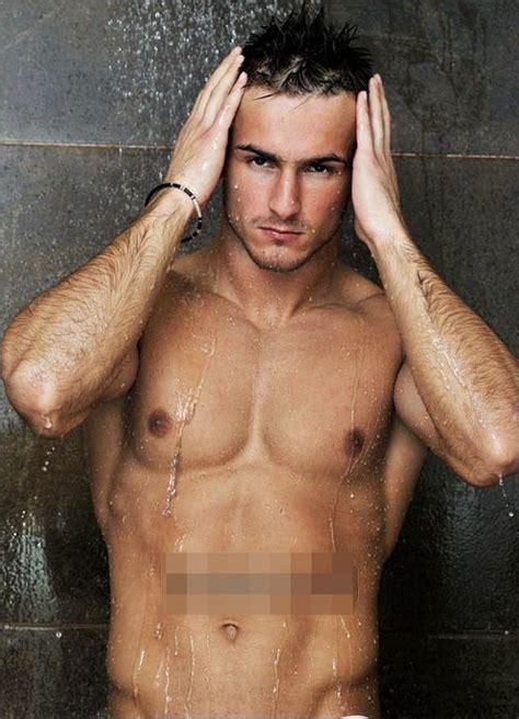 2 Guys 1 Shower by Mr World Tarik