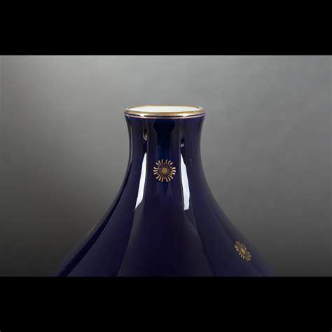 vasi sevres sevres vase de forme ovo 239 de en porcelaine de s 232 vres