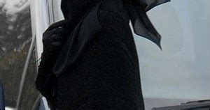 Niqab Sackura empire kisah purdah dan kancil merah
