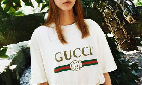 Replika Hoodie Island gucci releases new vintage inspired logo print t shirt