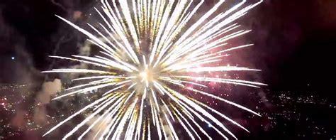 Gopro July gopro drone vliegt door quot 4th of july quot vuurwerkshow