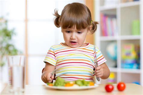 alimentazione vegetariana bambini dieta vegana nei bambini meglio rimandare la scelta