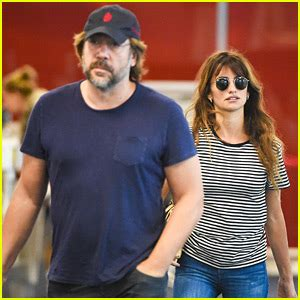 Penelopes Perks Make Headlines by Javier Bardem Photos News And Just Jared Page 9