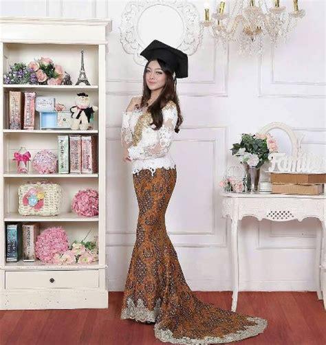 Inspirasi Baju Wisuda model kebaya wisuda tahun 2018 28 images 23 model kebaya vera terbaru dan modis 2018 contoh