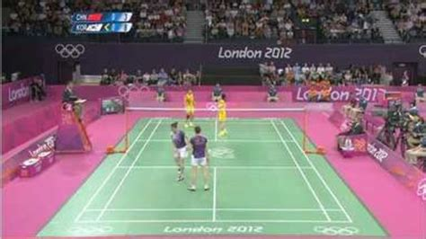 eight badminton players who tried to throw disqualified from olympics