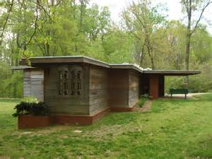 Frank Lloyd Wright Style Houses Frank Lloyd Wright Style Home Home Decor U Nizwa