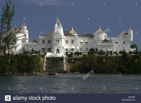 jamaica antonio trident castle antonio jamaica im 225 genes de stock