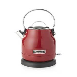 kitchenaid 174 electric kettle in teapots teakettles