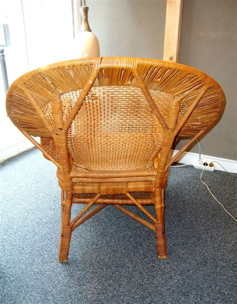 rattan chaise longue beautiful 1930 s rattan chaise longue at 1stdibs